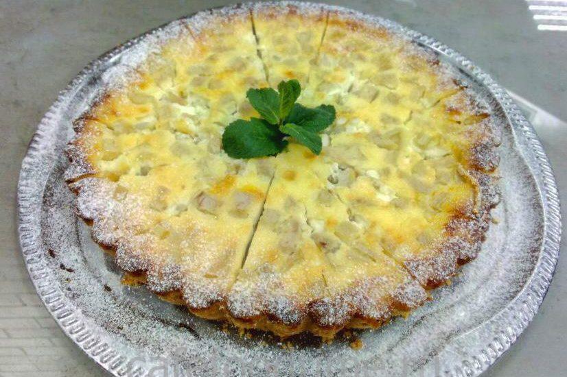 Торт на заказ в Санкт-Петербурге, Французский пай с грушей и сливочнованилиным кремом